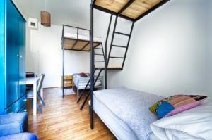 Hostel2-47